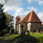 Kirche von Osten aus gesehen